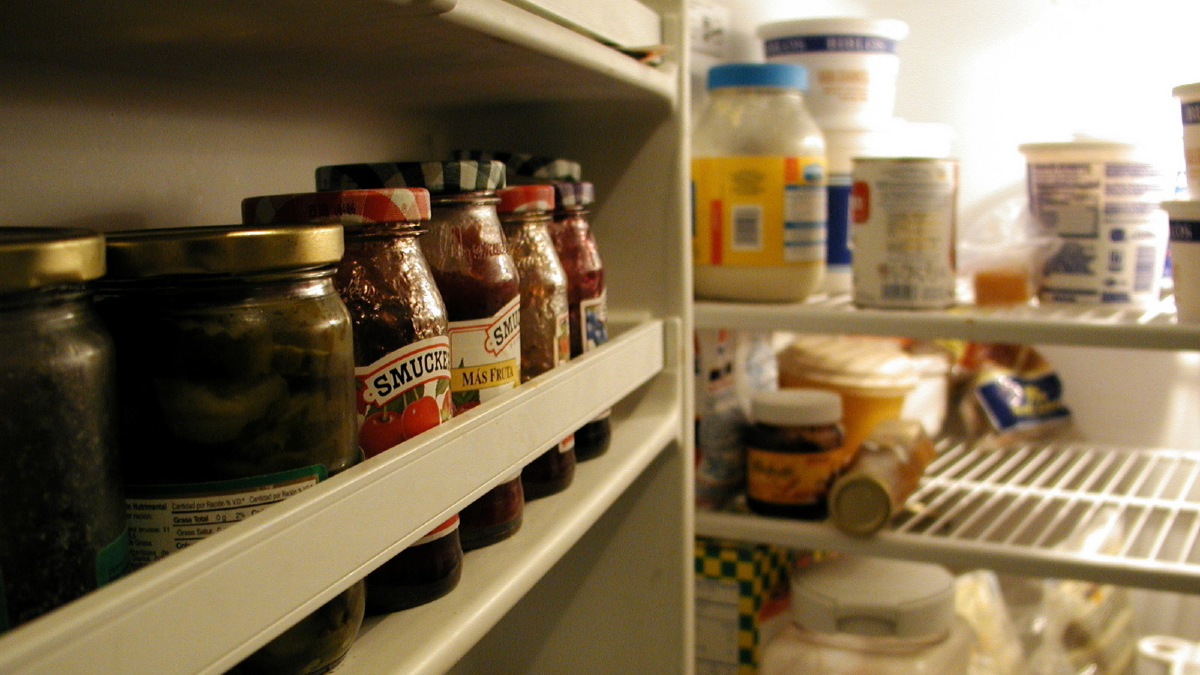Кои храни да съхраняваме в хладилника и кои - не?